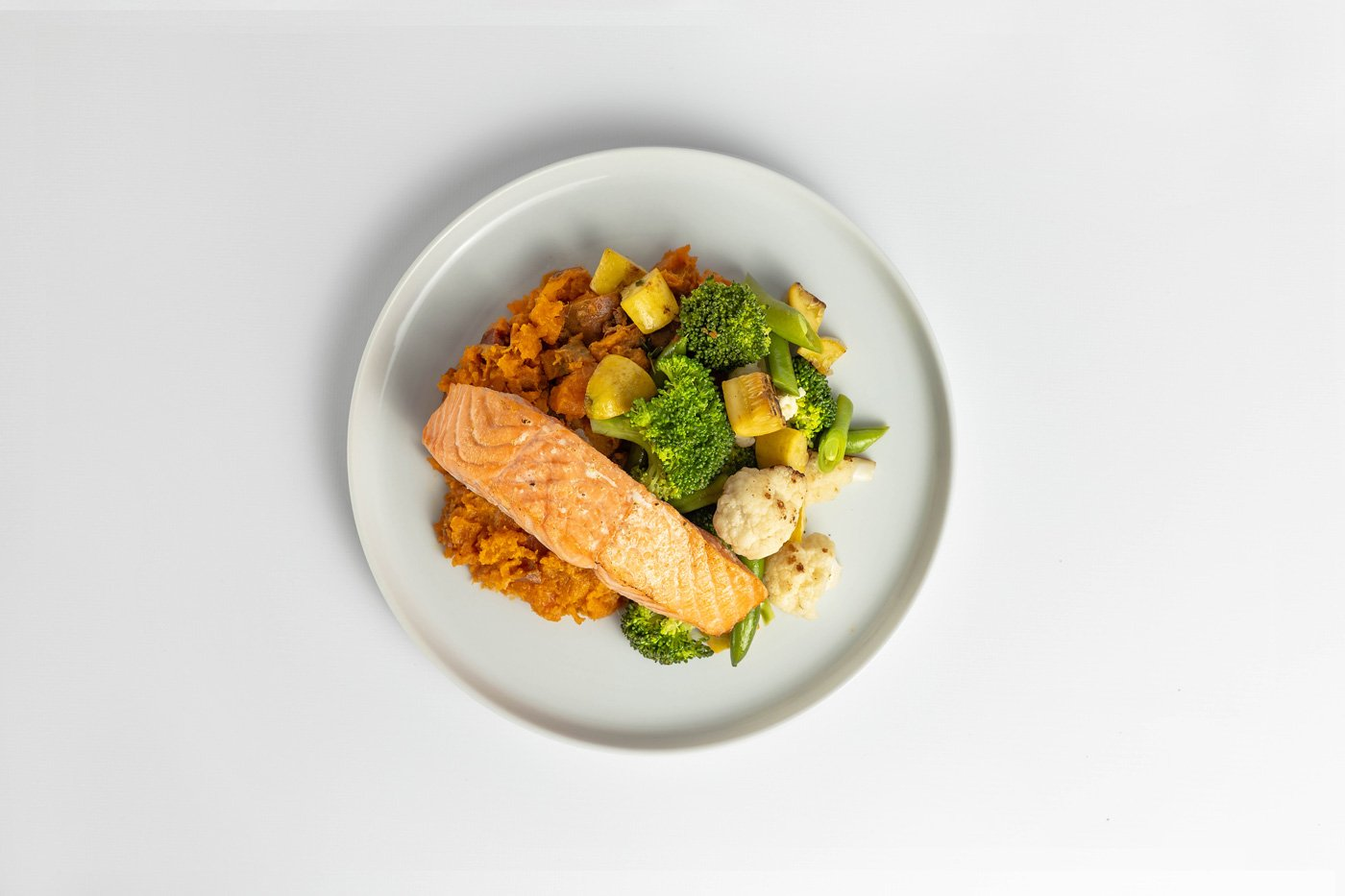 Salmon, Sweet Potato, Mixed Vegetables Meal Product Image